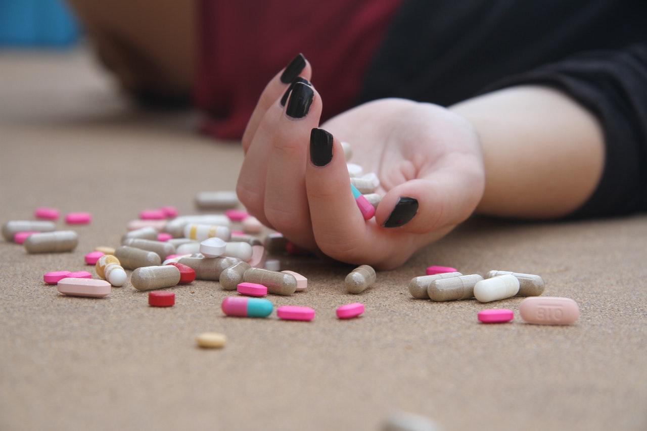 évitement- médicaments- Votre transformation spectaculaire par la libération émotionnelle, le nettoyage des blessures du passé et des croyances négatives.NERTI, EMDR, Kinésiologie