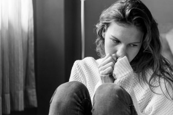 phobie sociale- angoisse, peur, Surmonter ses peurs et phobie- confiance en soi- Votre transformation spectaculaire par la libération émotionnelle, le nettoyage des blessures du passé et des croyances négatives.NERTI, EMDR, Kinésiologie