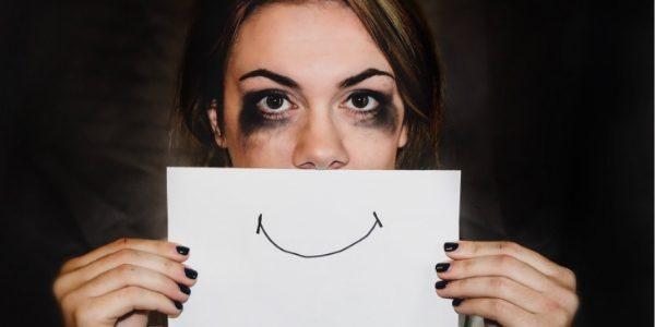 Réprimer ses émotions et maladies- femme angoisse- stress- peur du regard de l'autre- Votre transformation spectaculaire par la libération émotionnelle, le nettoyage des blessures du passé et des croyances négatives.NERTI, EMDR, Kinésiologie