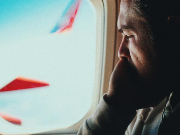 Phobie de l'avion- Surmonter ses peurs et phobie- confiance en soi- Votre transformation spectaculaire par la libération émotionnelle, le nettoyage des blessures du passé et des croyances négatives.NERTI, EMDR, Kinésiologie